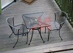 Столове и маса ковано желязо за зимна градина