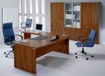 Масивни офис мебели по поръчка