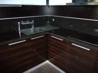 Кухненски мебели от материал MDF естествен фурнир и дъб