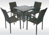 Комплект кафяв ратан квадратна маса и 4 стола