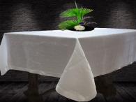 Покривка за маса със сатенен шерит