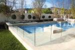 стъклена ограда за басейн по поръчка