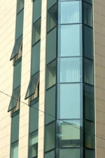 Поръчкови стъклени фасади