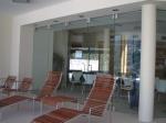 Поръчкова изработка на сгъваеми интериорни врати от стъкло