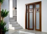 стъклена сгъваема врата по поръчка
