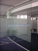 стена стъклена за интериор