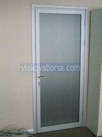 врата стъклена с едно крило
