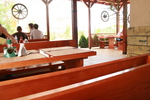 изработка на битова дървена маса с пейки
