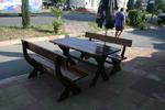 дървена маса с две пейки за механа и кръчма