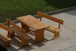 битови дървени маси за заведения