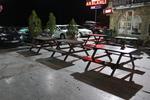 дървени пейки с маса за кафенета