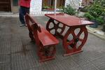 фирма за битови маси с една пейка
