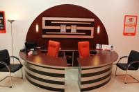Овално бюро за офис