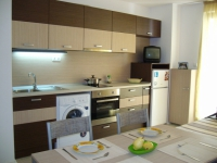 Мебели за обзавеждане на кухни по поръчка
