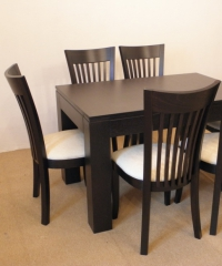 Комплект трапезна маса със столове по поръчка
