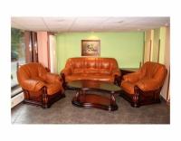 Мека мебел с класически форми