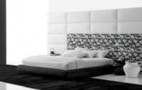 лукс Спални и легла с тапицирани табли