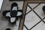 Модерни столове от ратан за заведения