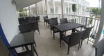 Маси и столове от ратан за басейн за външно и вътрешно ползване