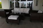Издръжливи маси и столове от ратан за интериор