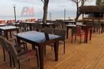 Елегантни столове от ратан за заведения