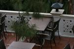 Маси и столове от ратан за хотел