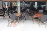 Уникални маси и столове от ратан за хотел