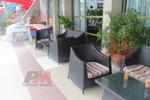 Екзотични маси и столове от ратан за хотел