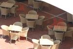 Скъпи маси и столове ратан бежови