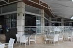 Промоция на маси и столове от бял ратан