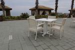 Качествени маси и столове ратан за лятни заведения
