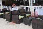 Луксозни маси и столове от изкуствен ратан