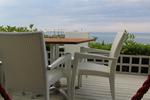Маси и столове от изкуствен ратан,придаващи стил и комфорт