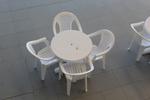 Пластмасова бяла маса, за открити пространства