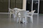 Пластмасова бяла маса, за външно ползване