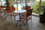 Модерна основа за маса за хотел