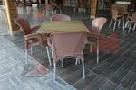 Дизайнерска стойка за маса за заведение