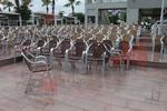 Здрав стол от алуминии за дома,заведението,басейна,градината