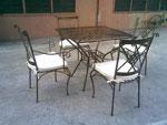 Ковани столове за поставяне в дома и градината София цена