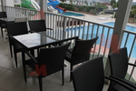 Универсален стол и маса от ратан за плаж за всесезонно използване