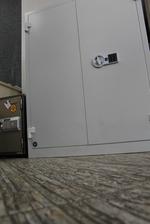 Уникален метален шкаф за класьори и за офис Пловдив