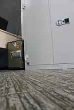метален шкаф за папки и за офис по индивидуален проект Пловдив