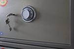 Скрит сейф  за офис дизайнерски Пловдив
