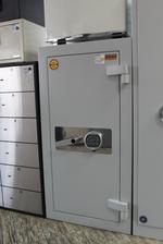 сейфове за магазин за злато по индивидуален проект Пловдив
