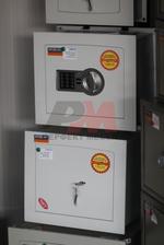 Изработка на сейфове за кабинети по поръчка Пловдив