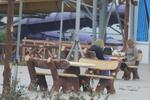 Изработка на дървена маса с пейки по индивидуален проект