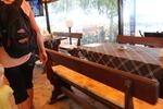 Изработка на дървена маса с дървени пейки по поръчка на клиента