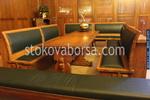 Изработка на дървена маса с пейки от масив за заведение