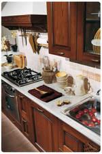 солидни кухни масив уникални