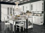 класни бели кухни  масив по поръчка